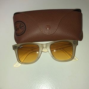 Sun glasses RAY BAN